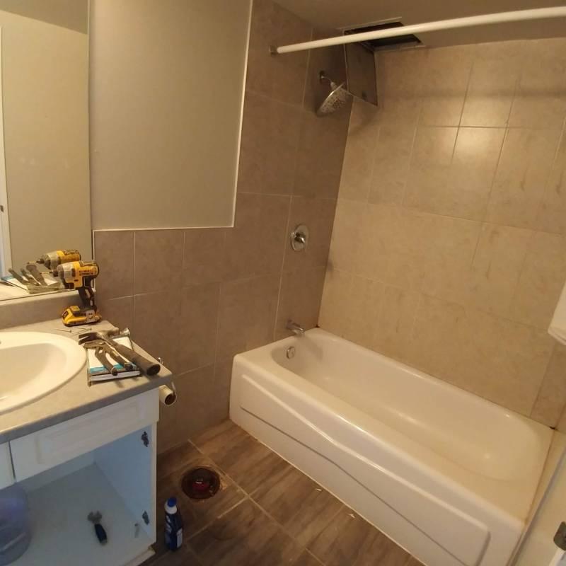 bathroom renovation contractors