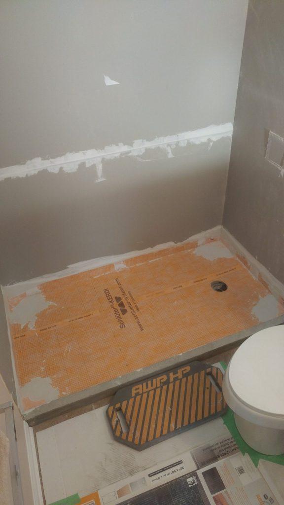 small bathtubs