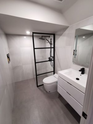 classic bathroom with white wall mounted vanity - small bathroom renovation